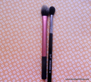 brochas para sellar el corrector, setting brush real techniques y e40 sigma