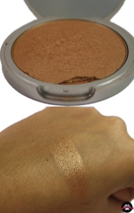 glow: Betty lou manizer